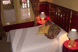 Triune House Bed and Breakfast - Mount Gambier Accommodation