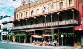 Plaza Hotel - Mount Gambier Accommodation