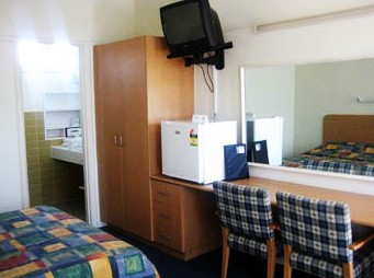 Sandbelt Club Hotel - Mount Gambier Accommodation