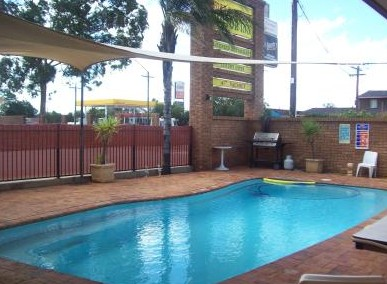 Town And Country Motor Inn Cobar - Mount Gambier Accommodation