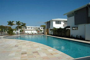 Coolum Villas - Mount Gambier Accommodation