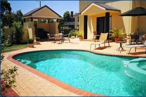 Hopkins House Motel  Apartments - Mount Gambier Accommodation