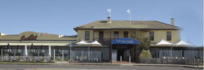 Barwon Heads Hotel - Mount Gambier Accommodation