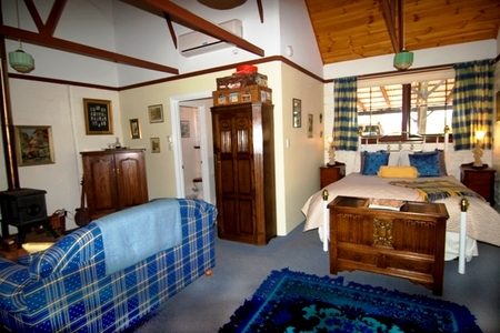 Hillside Country Retreat  - Mount Gambier Accommodation