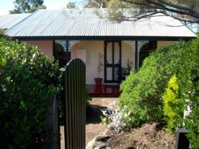 Jasmine's Cottage - Mount Gambier Accommodation