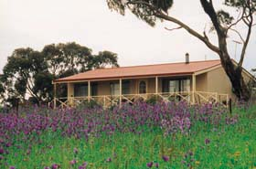 Windmill Cottage - Mount Gambier Accommodation