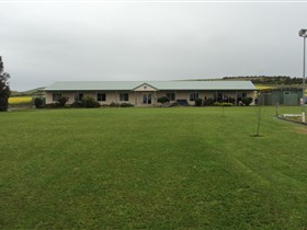 Port Lincoln Lions Hostel - Mount Gambier Accommodation