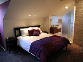 Merlot  Verdelho - Mount Gambier Accommodation