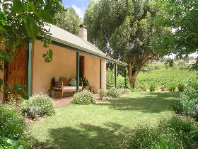 Seppeltsfield Vineyard Cottage - Mount Gambier Accommodation