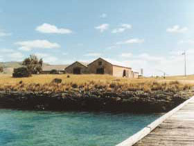 Mt Dutton Bay Woolshed Hostel - Mount Gambier Accommodation