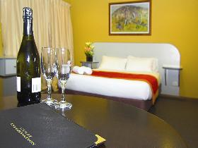Victoria Hotel - Strathalbyn - Mount Gambier Accommodation