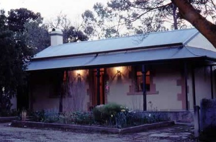 Walnut Cottage - Mount Gambier Accommodation
