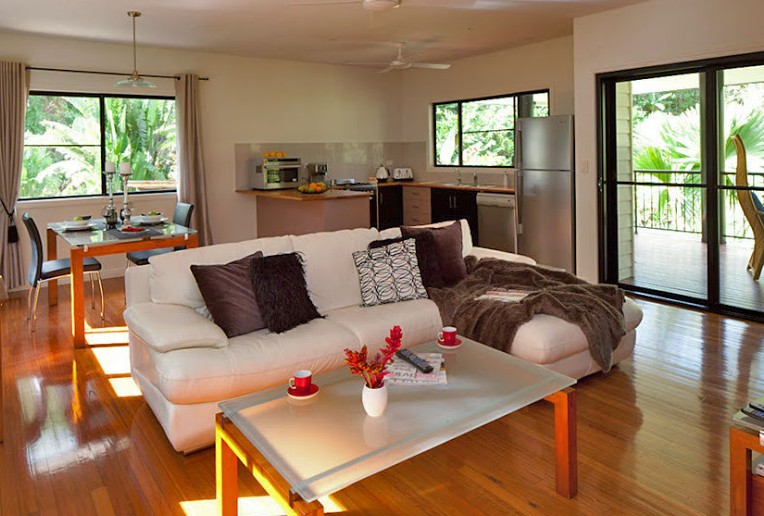 Misty Mountains Tropical Rainforest Romantic Retreat - Mount Gambier Accommodation