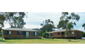 Yaringa Holiday Cottages - Mount Gambier Accommodation