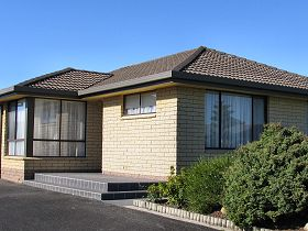 Vera May Apartment - Mount Gambier Accommodation
