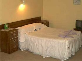 Midlands Hotel - Mount Gambier Accommodation