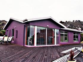 Sisters Beach Retreat - Mount Gambier Accommodation