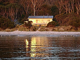 Harpers on the Beach - Mount Gambier Accommodation