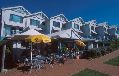 Breakers Apartments Mollymook - Mount Gambier Accommodation