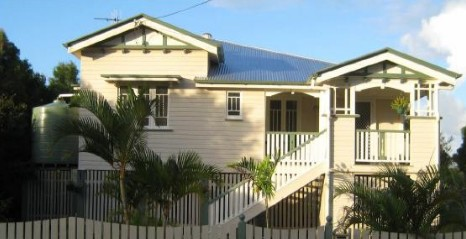 Eco Queenslander Holiday Home and BB - Mount Gambier Accommodation