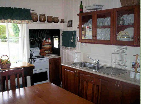Dillons Cottage - Mount Gambier Accommodation