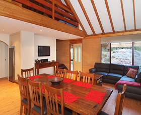 Woodstone Cottages - Mount Gambier Accommodation