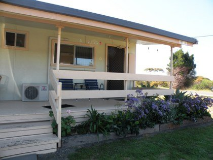 Baudin Budget Units 23 and Cottage - Mount Gambier Accommodation