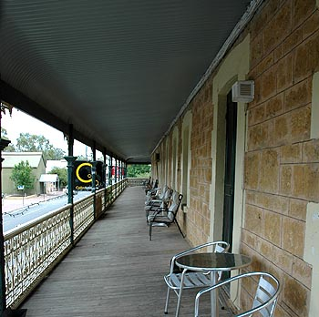 Hotel Mannum - Mount Gambier Accommodation