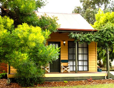 Mountain View Motor Inn and Holiday Lodges - Mount Gambier Accommodation