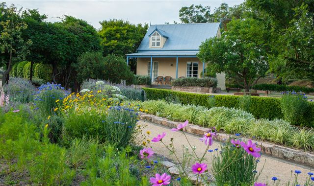 Vineyard Cottages and Cafe - Mount Gambier Accommodation