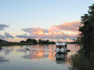 Tweed River Houseboats - Mount Gambier Accommodation