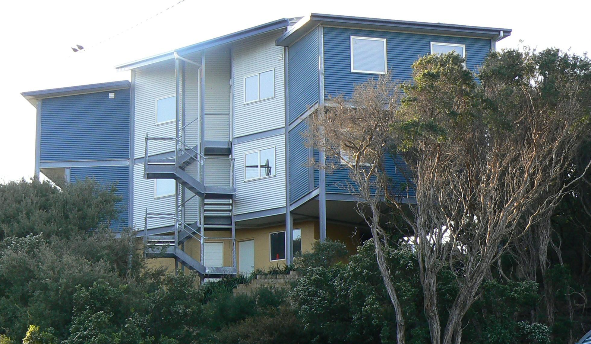 Sandy Point Beach Escape - Mount Gambier Accommodation