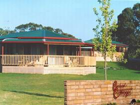 Carolynne's Cottages - Mount Gambier Accommodation