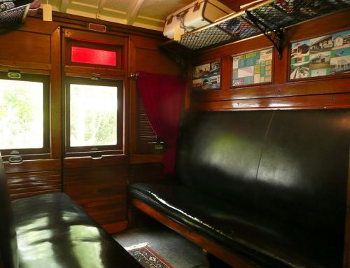 Mt Nebo Railway Carriage & Chalet