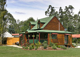 Mystic Mountains Holiday Cottages - Mount Gambier Accommodation