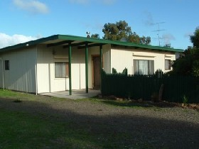 Caramor Cottages - Nathan's Nook - Mount Gambier Accommodation