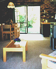 Falls Forest Retreat - Mount Gambier Accommodation