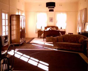 Old Parkes Convent - Mount Gambier Accommodation