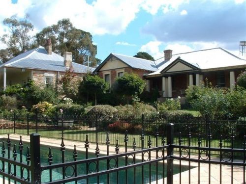 Chapel House - Mount Gambier Accommodation