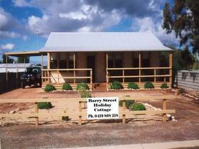 Cowell Barry Street Holiday Cottage - Mount Gambier Accommodation