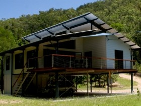 Creek Valley Rainforest Retreat - Mount Gambier Accommodation