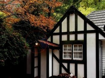 Tudor Cottages Mt Dandenong - Mount Gambier Accommodation
