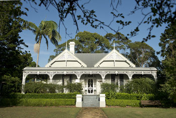 The Villa - Country House Retreat - Mount Gambier Accommodation