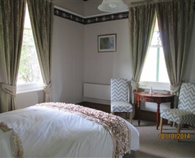 Cygnet's Secret Garden - Boutique Bed and Breakfast - Mount Gambier Accommodation
