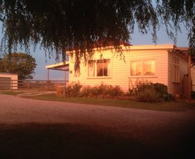 Fairview Bed and Breakfast Cottage - Mount Gambier Accommodation