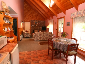 Rosebank Cottage Collection - Mount Gambier Accommodation