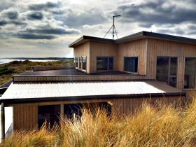 King Island Breaks - Porky's Beach House - Mount Gambier Accommodation