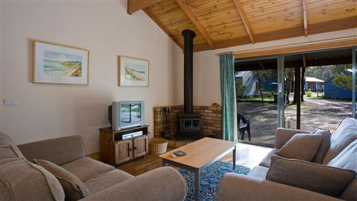 Surf Coast Cabins in Aireys Inlet - Mount Gambier Accommodation