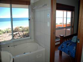 Ceduna Shelly Beach Caravan Park and Beachfront Villas - Mount Gambier Accommodation