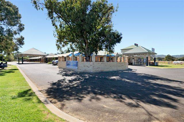 Drakesbrook Hotel - Mount Gambier Accommodation